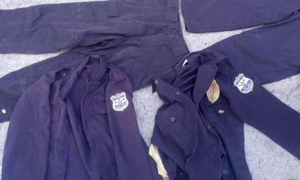 Hombre distribuía uniformes de la policía y accesorios para armas de fuego a pandilleros