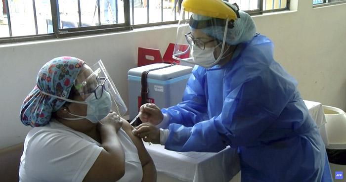 Perú inicia la vacunación contra el COVID-19