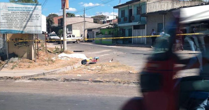 "Pandilleros asesinaron a una vendedora que se negó a pagarles ""renta"""