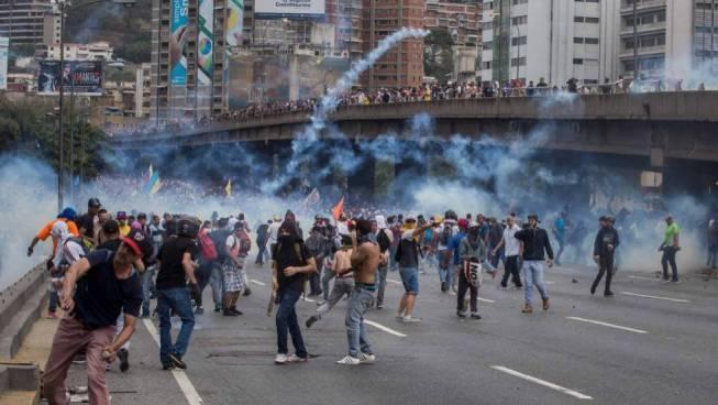 Disturbios en la marcha de la oposición en Caracas, Venezuela