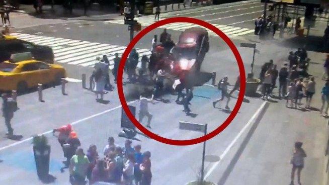 Time Square: Hombre condujo intencionalmente para matar personas