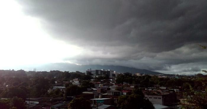 Continuarán los sistemas que favorecerán lluvias para este jueves
