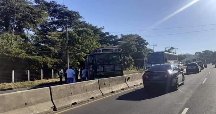 Transportistas del occidente del país exigen al VMT ampliar su recorrido