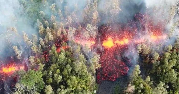 Volcán Kilauea entra en erupción y Hawaii se declara en estado de emergencia