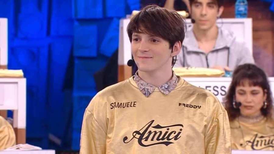 Samuele fidanzata Amici - Solonotizie24