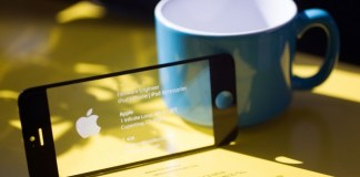 Business Card made from Apple iPhone screen