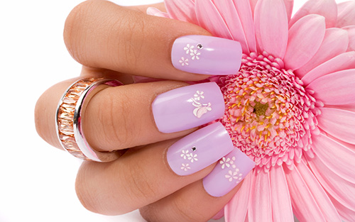 marketing your nail salon with great images and deals