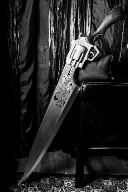 Squalls_Gunblade-sunnyheadcase (5)