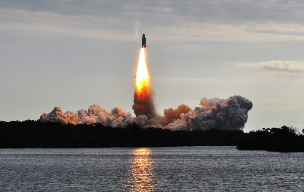 3…2…1…My First Space Shuttle Liftoff Experience | Solo ...