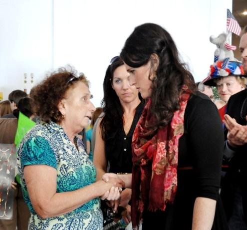 Liz Santorum Meets with Supporters in Sarasota, Fla., Jan. 29, 2012