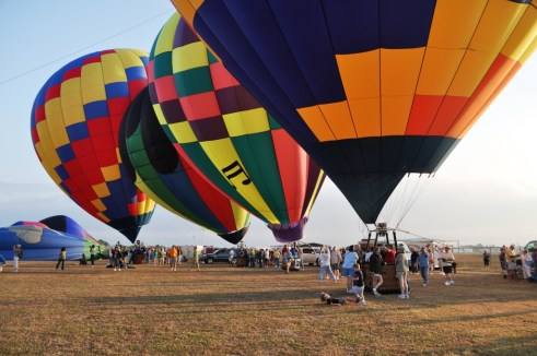 Seeking Uniques Gifts for Him? How About the Gift of a Hot Air Balloon Ride?