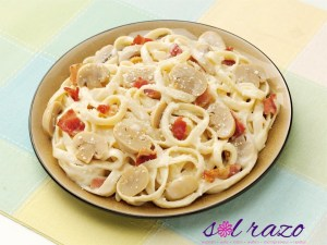 Have a feast of JOLLY FETTUCCINE's A La Carbonara