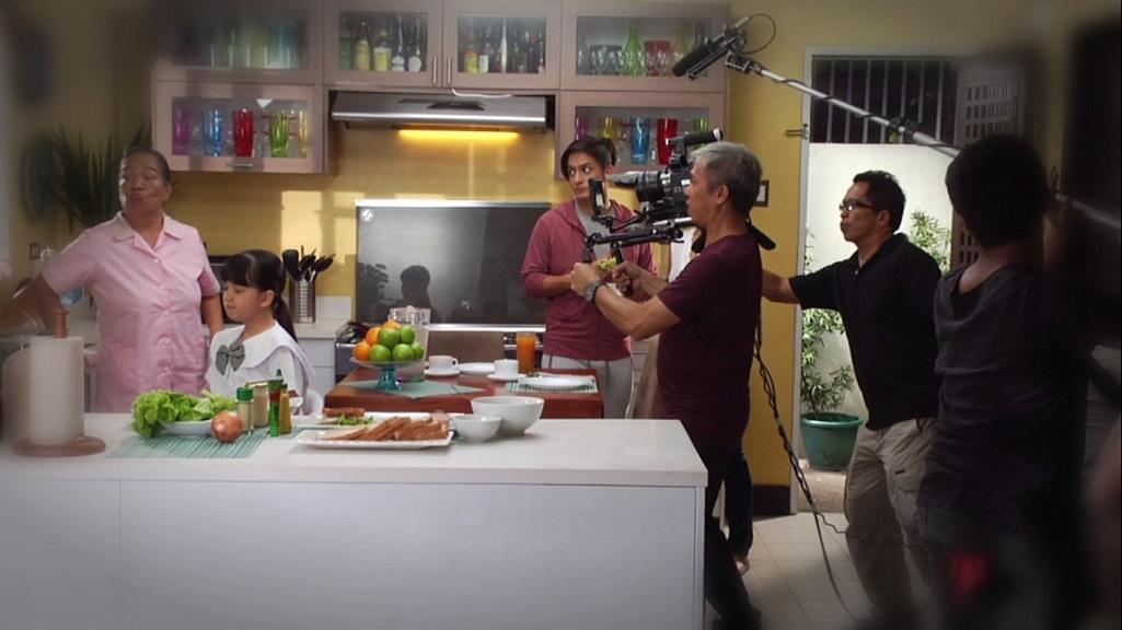 behind the scenes (3)