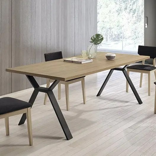 wood_extensible_table