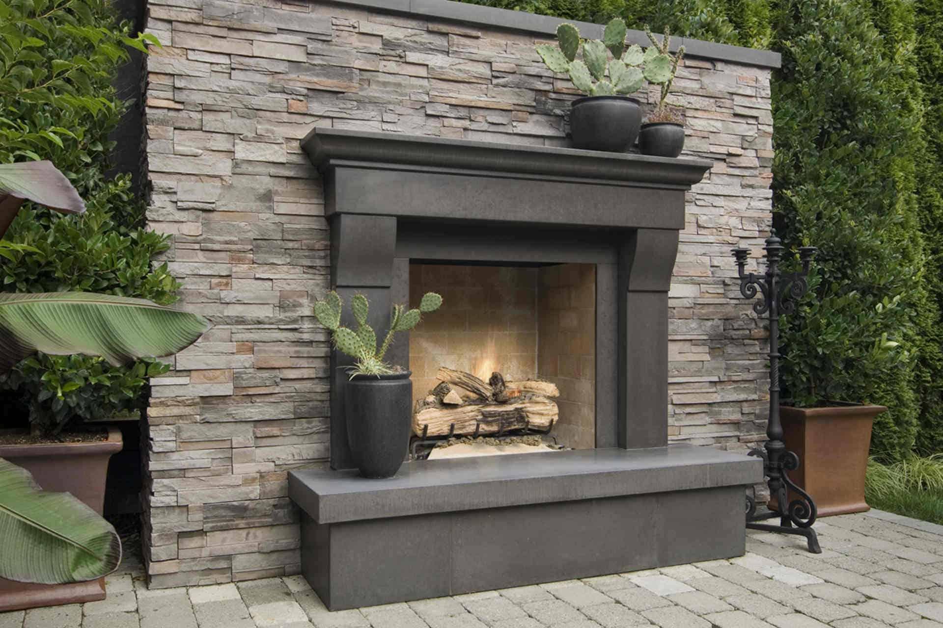 Cornice  Solus Decor concrete transitional mantel