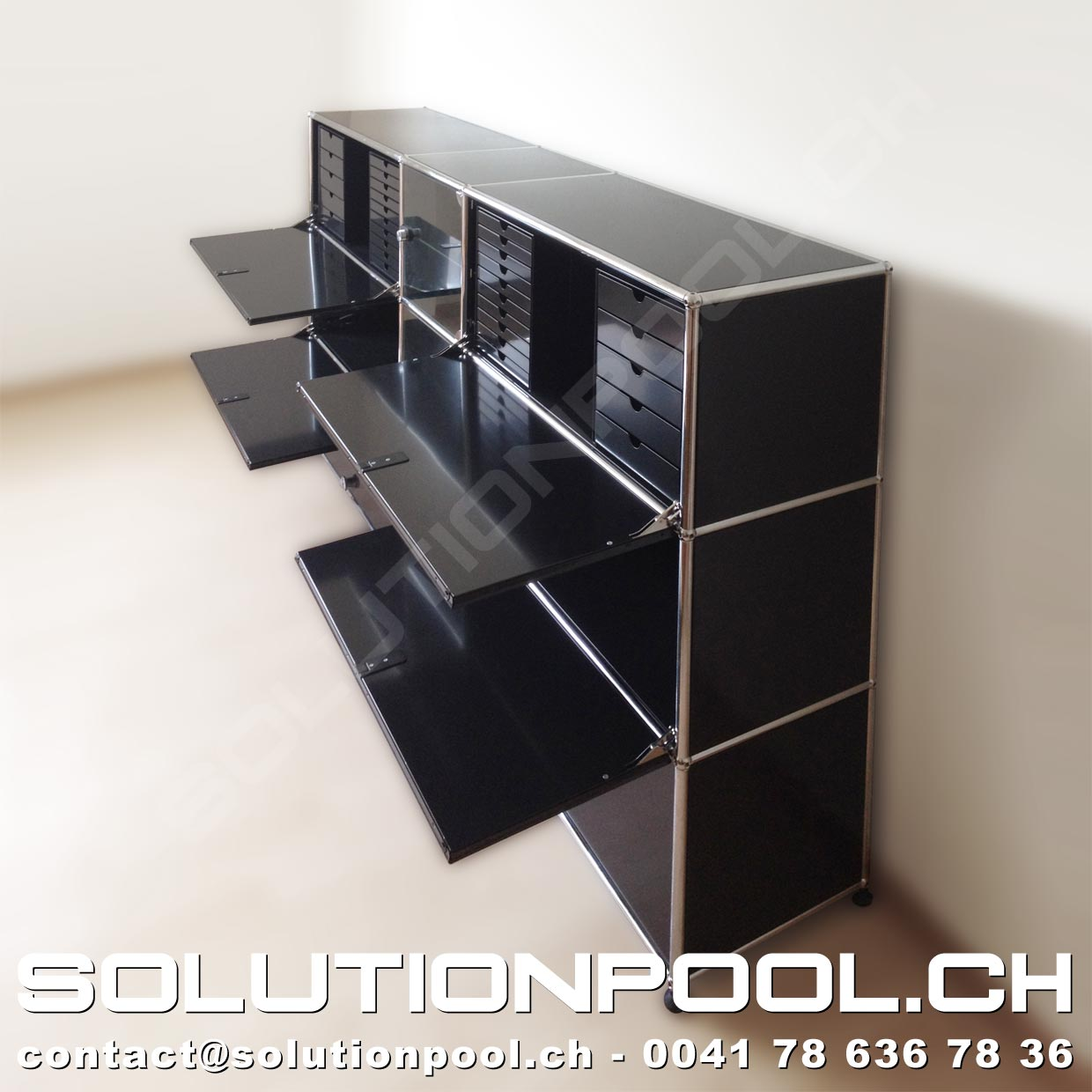 usm highboard schwarz klappen auszuege glastueren inos schubladenstock solutionpool first. Black Bedroom Furniture Sets. Home Design Ideas
