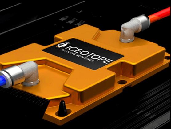 Le châssis Ku:l Extreme d'Iceotope permet de faire tourner des cartes serveur standard dans un bac de refroidissement par immersion 1U d'Iceotope.