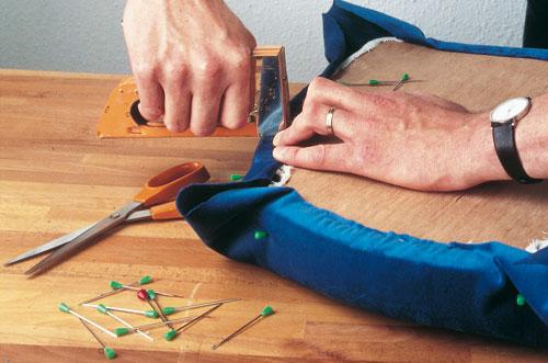 Idee Per Foderare Una Poltrona.Come Rivestire Le Sedie Soluzioni Di Casa