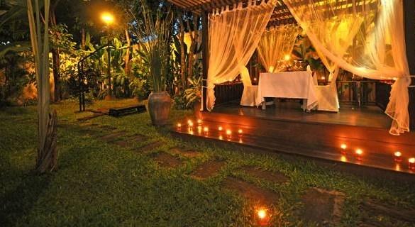 cinque modi per illuminare il giardino