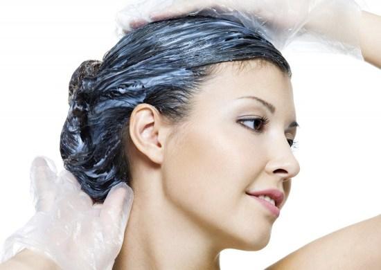 Come tingersi i capelli a casa