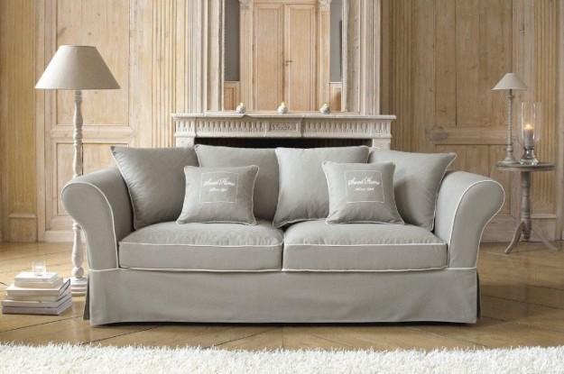 Come pulire un divano di velluto soluzioni di casa - Foderare il divano ...