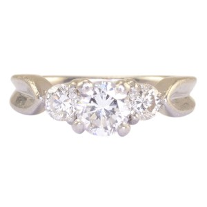 Platinum 0.60 Carat Center Diamond Ring