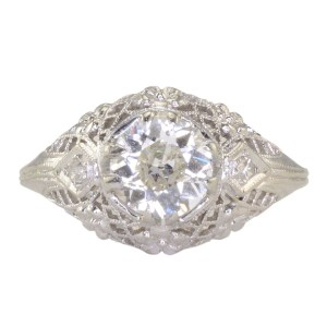0.84 Carat Center VS2 Diamond Platinum Filigree Ring