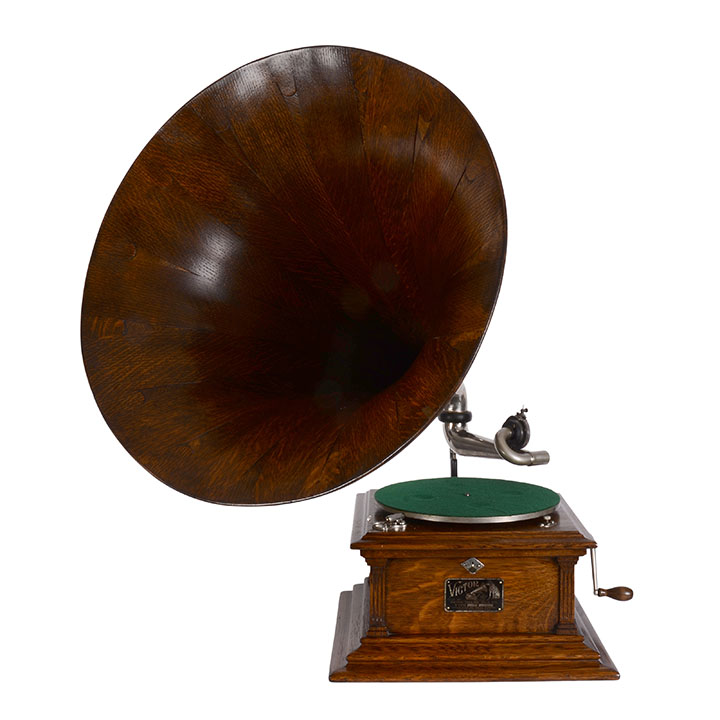 Victor Gramophone Model III Original Spear Tip Horn