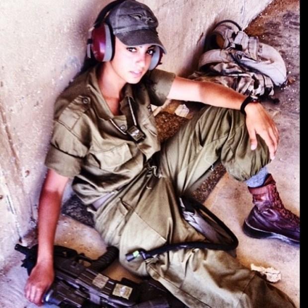 Israeli Soldier Girl Pic (134)