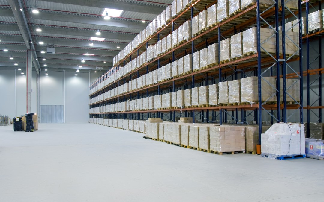 Efficiently Organizing a Warehouse for Easier Management