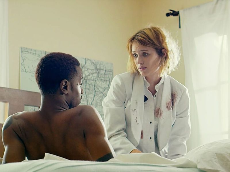 Mackenzie Davis and Lakeith Stanfield in Izzy Gets The F Across Town.
