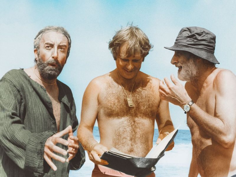 Peter Sellers, Peter Medak, and Spike Millgan in a still from The Ghost of Peter Sellers.