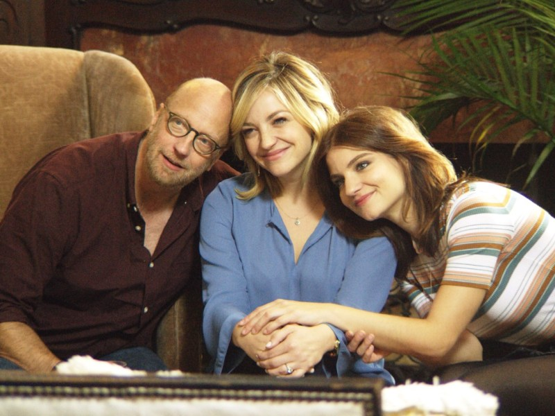 Chris Elliott, Abby Elliott Bridey Elliott, in Clara's Ghost.