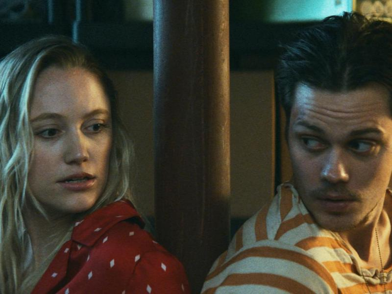 Maika Monroe and Bill Skarsgård in Villains.