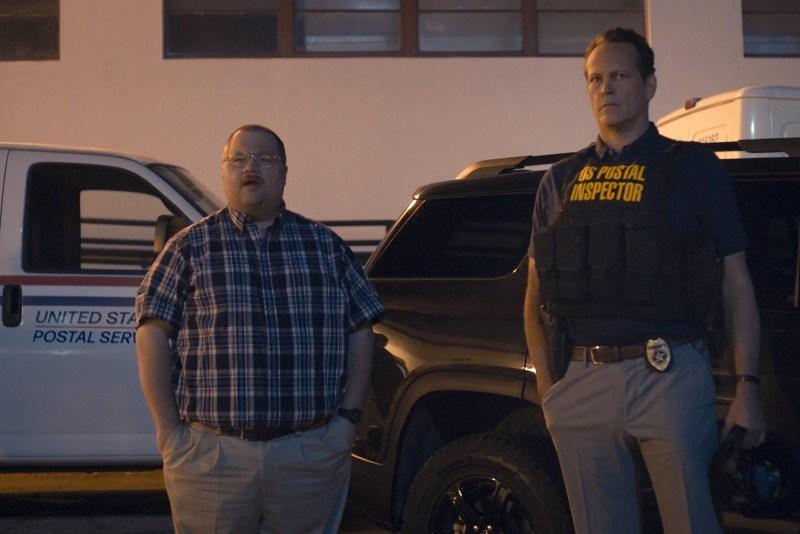 Paul Walter Hauser and Vince Vaughn in Queenpins.