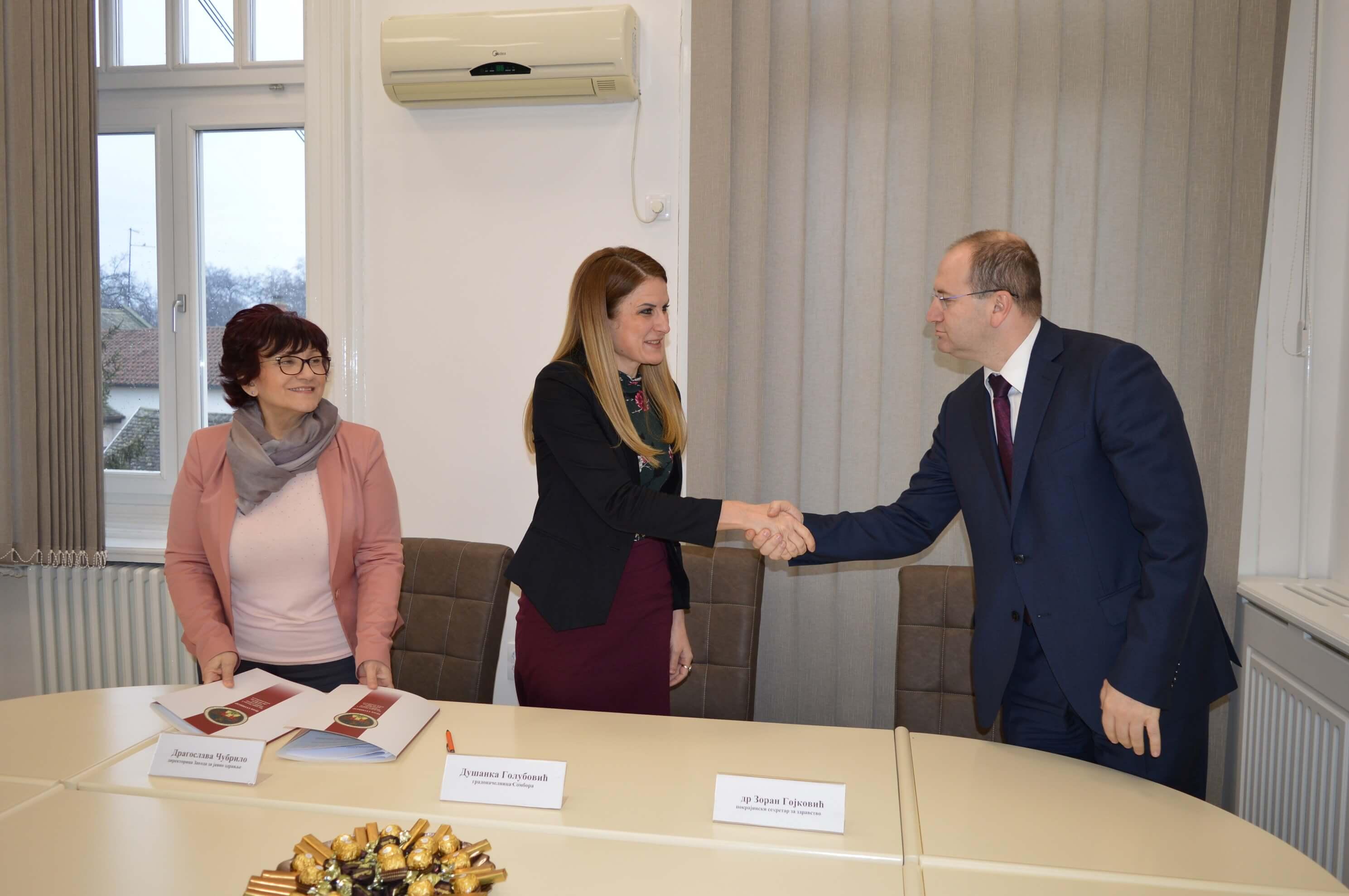 Покрајински секретаријат за здравство уложио је 20 милиона динара у реконструкцију Завода за јавно здравље у Сомбору