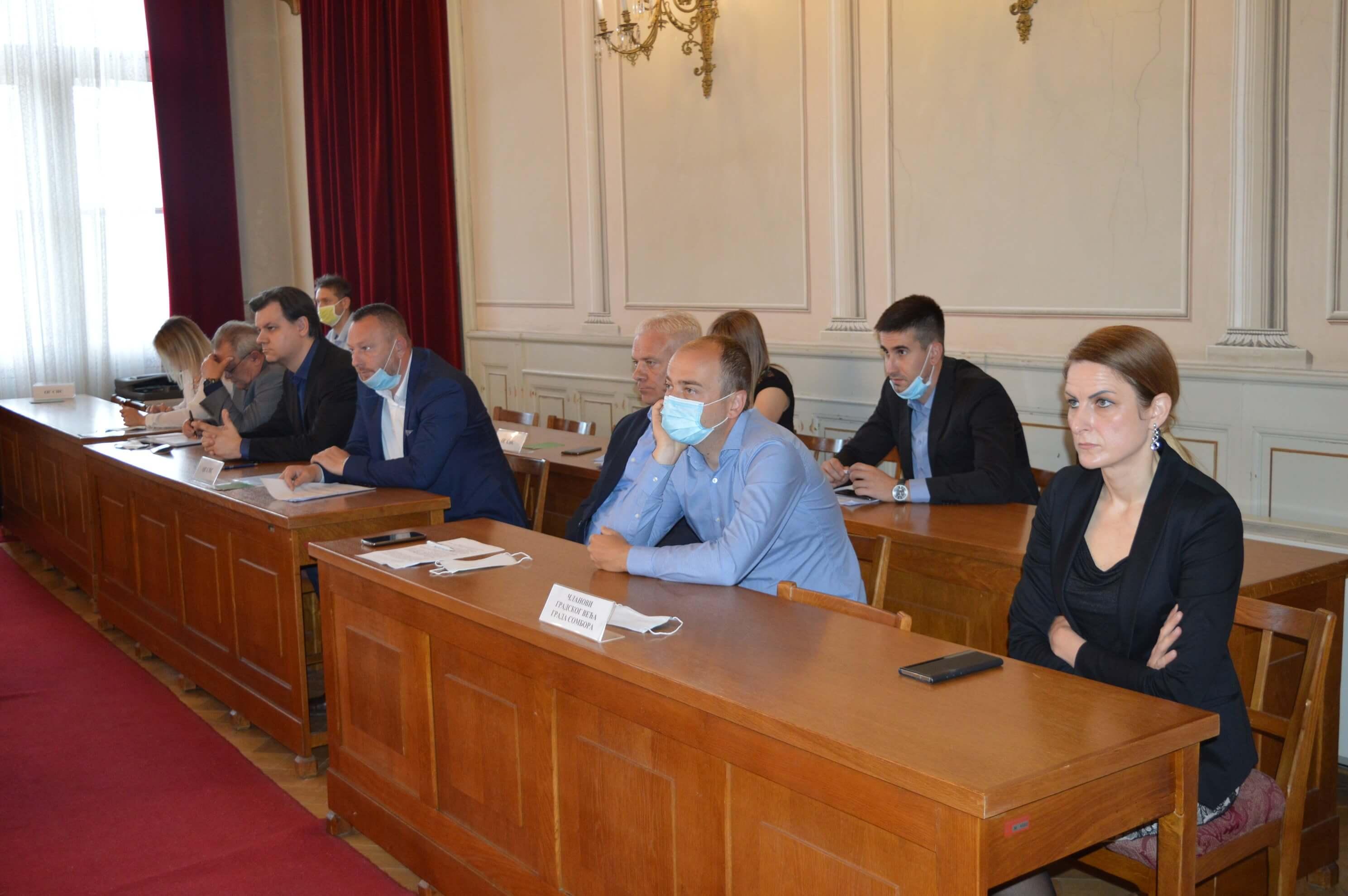 Градоначелница Душанка Голубовић и чланови Градског већа