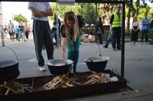 Градоначелница Душанка Голубовић традиционално је упалила прву ватру