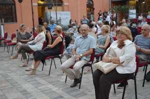 Промоцији су присуствовали заменица градоначелника Љиљана Тица и чланови Градског већа Борислав Станичков и Слађана Радин