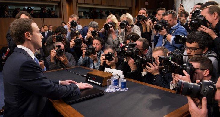 Facebook is de kop van Jut in privacy debat: Mark Zuckerberg tegenover het Amerikaanse Congres