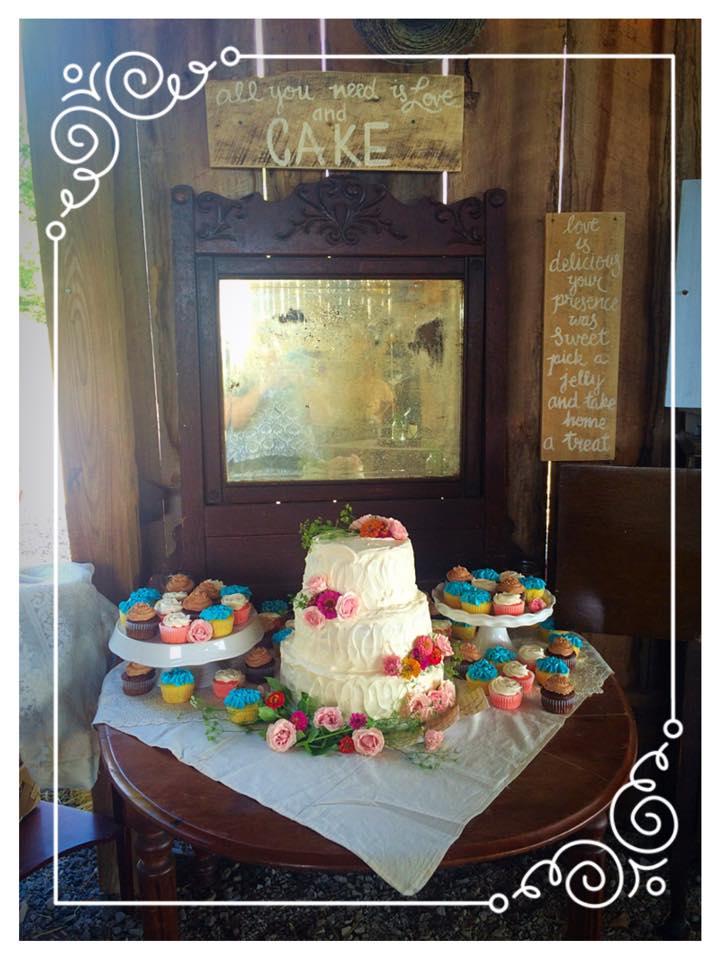 Barn Wedding Cake and Cupcakes