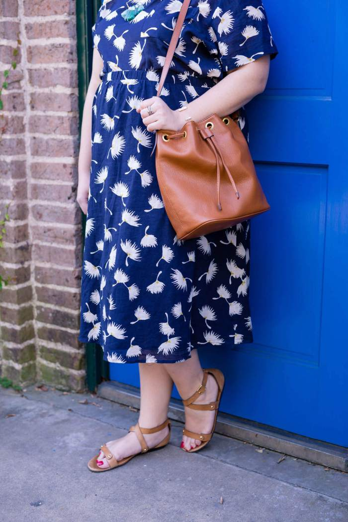 Matchy, Matchy - Something Gold, Something Blue curvy fashion blog - Old Navy linen navy floral top and matching skirt is perfect for the summer