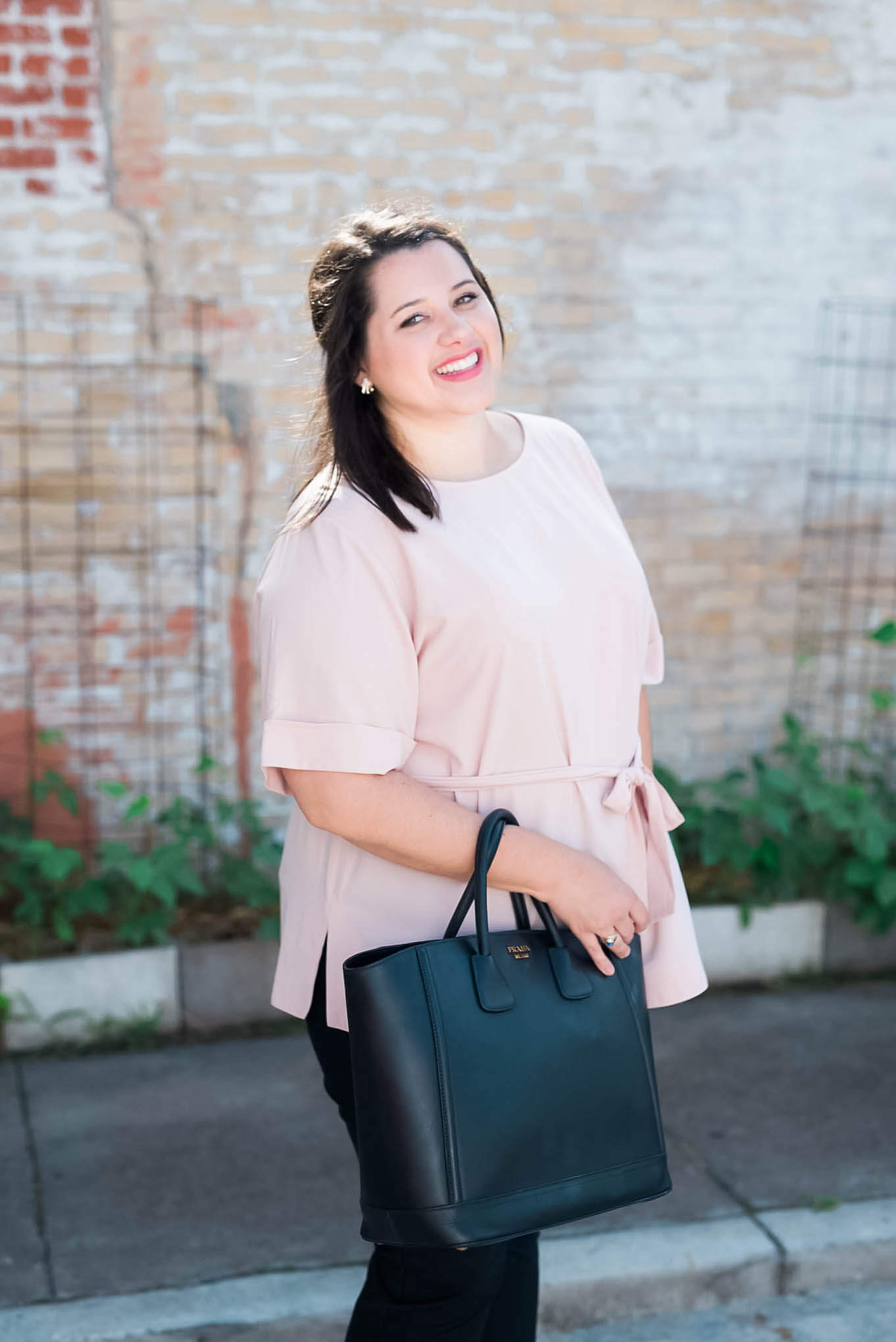 Work, Work, Work - The perfect business casual work attire to be a #girlboss | Something Gold, Something Blue a curvy fashion blog