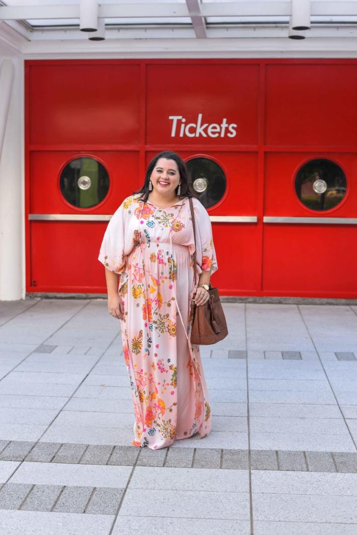 When looking for a maxi dress to include in my curvy closet, I always look for something that can easily transition from day to night. This plus size maxi dress from my Gwynnie Bee clothing subscription was perfect for roaming around Houston. #plussizefashion #plussizedresses - Gwynnie Bee outfit by popular Houston fashion blogger Something Gold, Something Blue