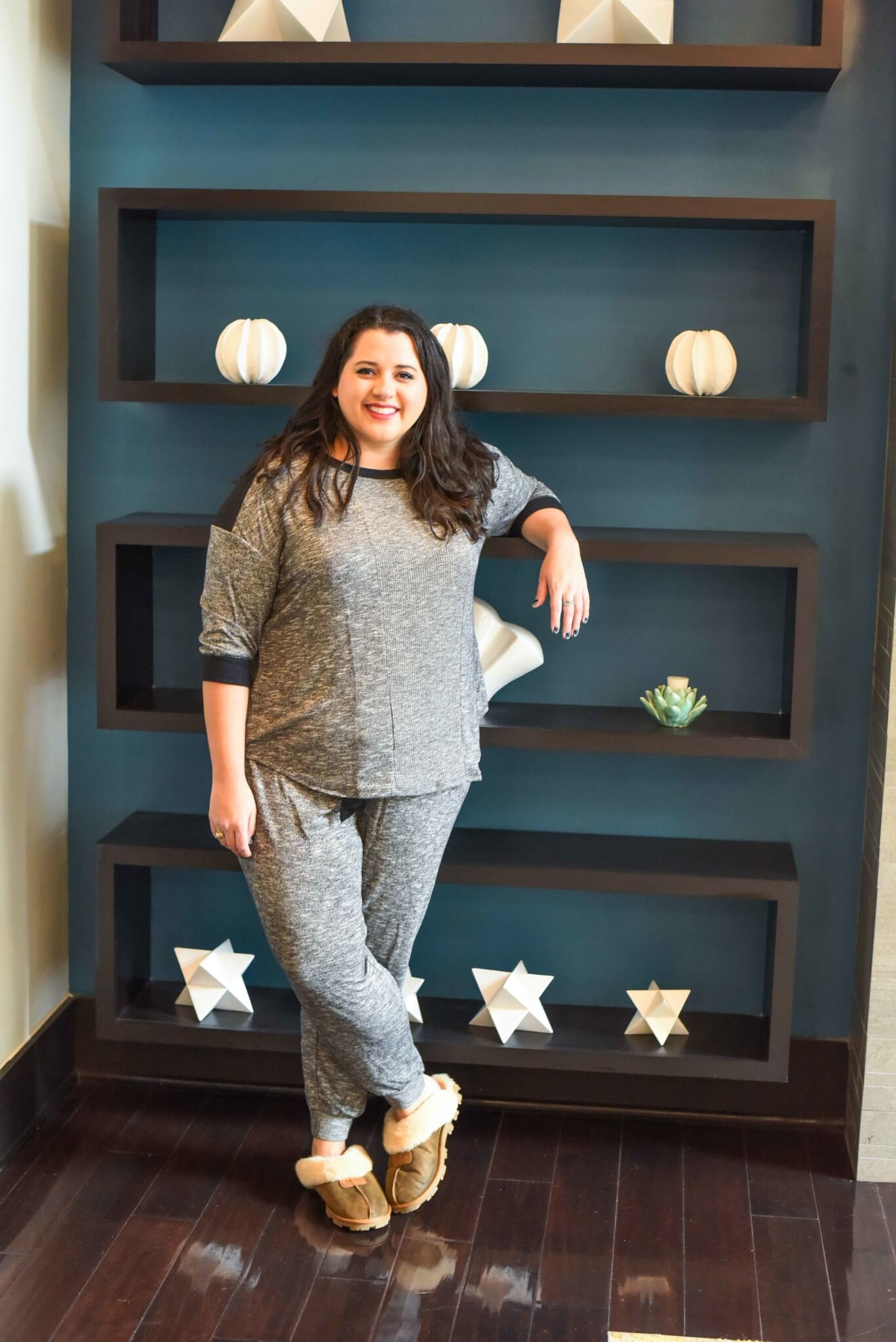 AD: Finding plus size pajamas can be difficult, luckily @Kohls offers a ton of affordable and cute PJ sets perfect for your upcoming holiday gatherings. #Kohls #KohlsSleep