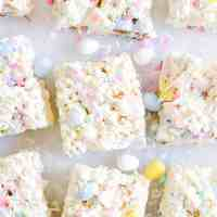 Easter Egg Popcorn Bars
