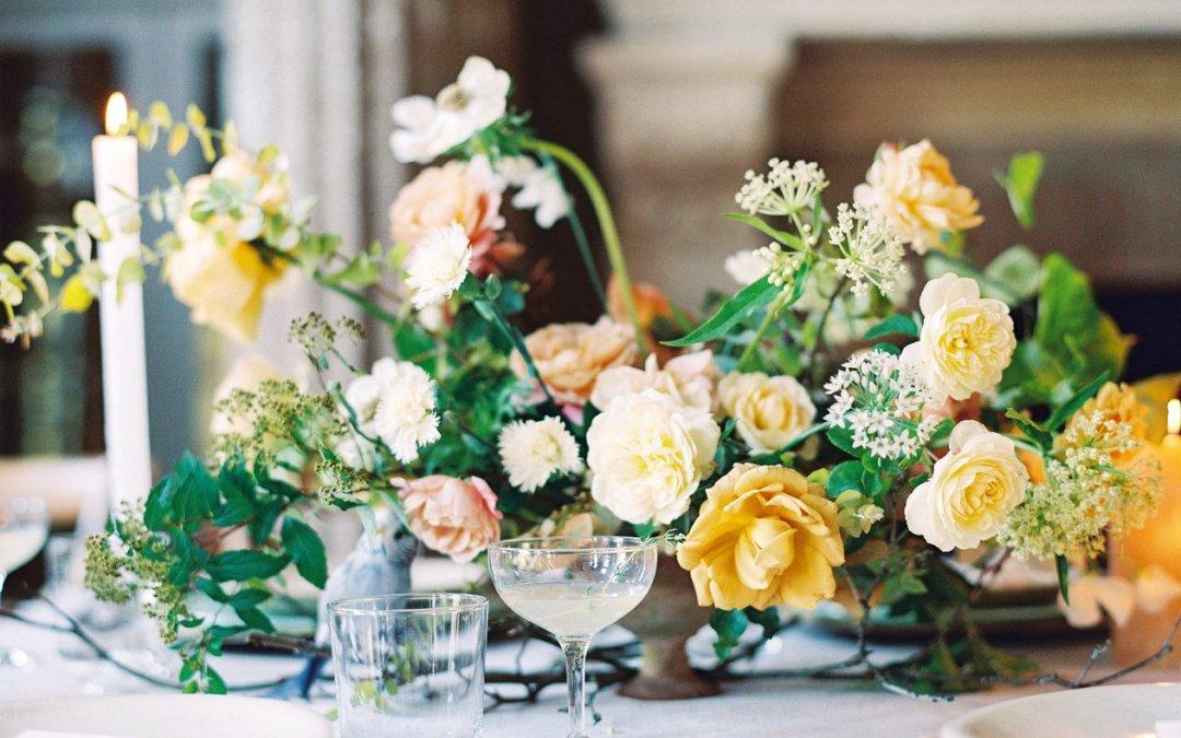 Italian Villa Meets Secret Garden in this Ethereal Wedding Editorial || Jardin Du Bois