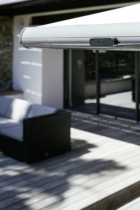 motorisez votre store de terrasse pour