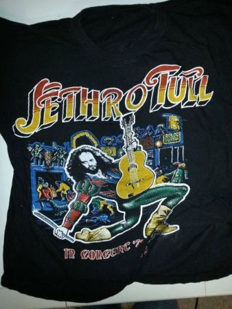 concert-t-shirts-from-the-70s-36-pics_27