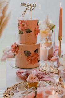 Wunderschöne Torte passend zum Farb- und Dekokonzept – Styled Shoot Bridal Shower
